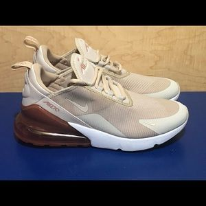 NEW Nike Air Max 270 KJCRD